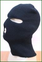 Kukla pletená s otvory černá