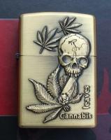 Benzinový zapalovač Cannabis leaves s lebkou styl zippo